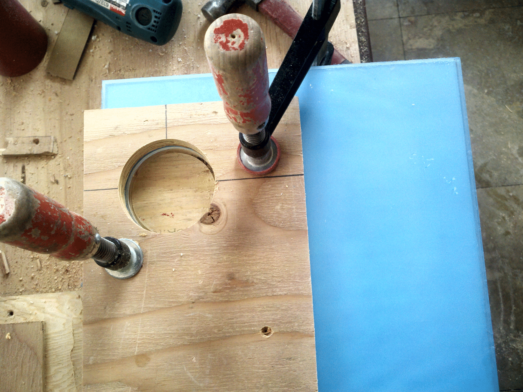 How to drill a hole in the SLABlite